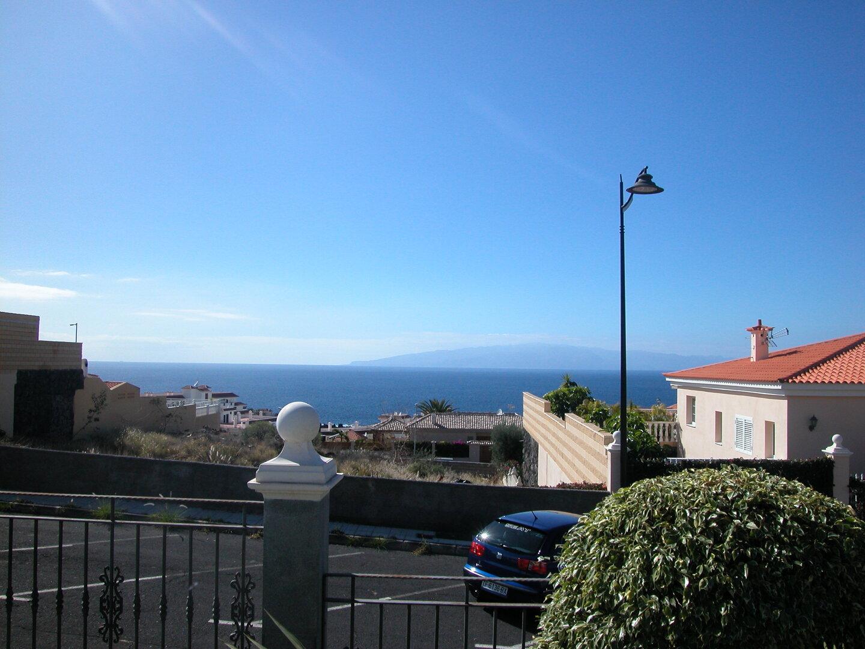 Demin, Playa La Arena