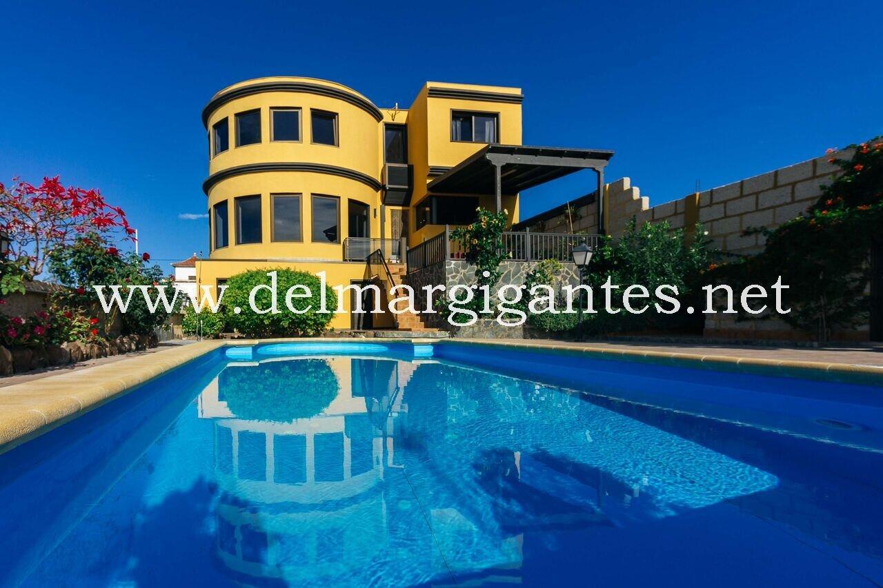 Luxury Villa, Tijoco Bajo