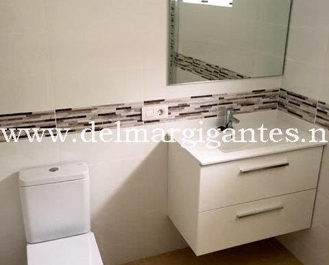 Calle Pino 3 - 2nd Bathroom (2)