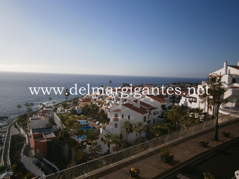 Vigilia III, Puerto Santiago