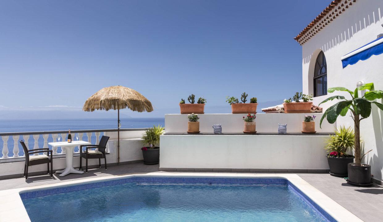 Villa Pinnacle, Danielle and Katie Voegeli, Club 1, Los Gigantes, Tenerife